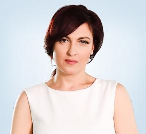 Анна Цолова