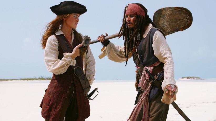Карибски пирати: Сандъкът на мъртвеца