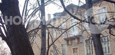 Рушаща се историческа сграда
