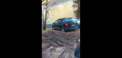 Паркиране в калта