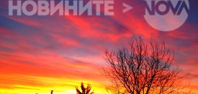 Силуети в прекрасното цветно утро
