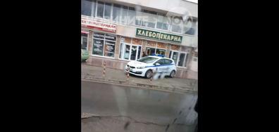 Как паркират полицаите в Шумен?
