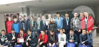 Медали от XIV Жаутиковска олимпиада по математика, физика и информатика