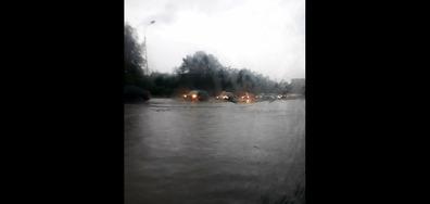 Наводнени софийски улици..