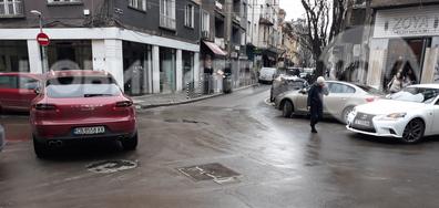 Как се паркира в София!