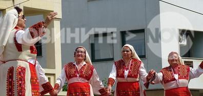 Плевен празнува 24 май - пее и танцува!
