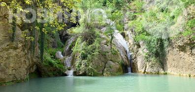 Красивият Хотнишки водопад!