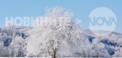 Приказно красив зимен пейзаж