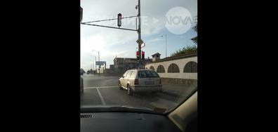 Паркиране на светофар!!!