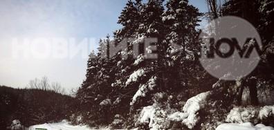 Зимен пейзаж от Котел