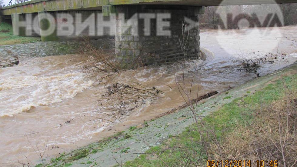 Състоянието на моста при село Коларово община Раднево