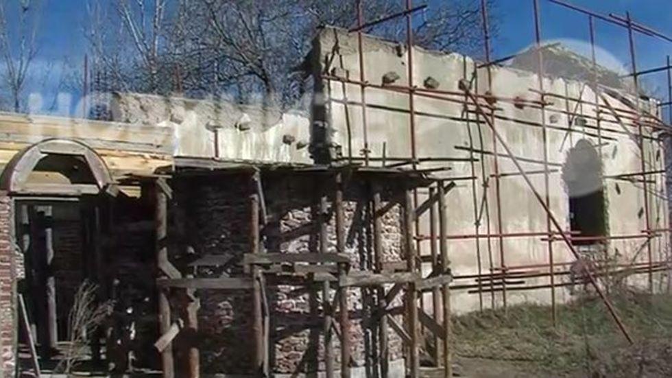 Църквата в село Алеко Константиново