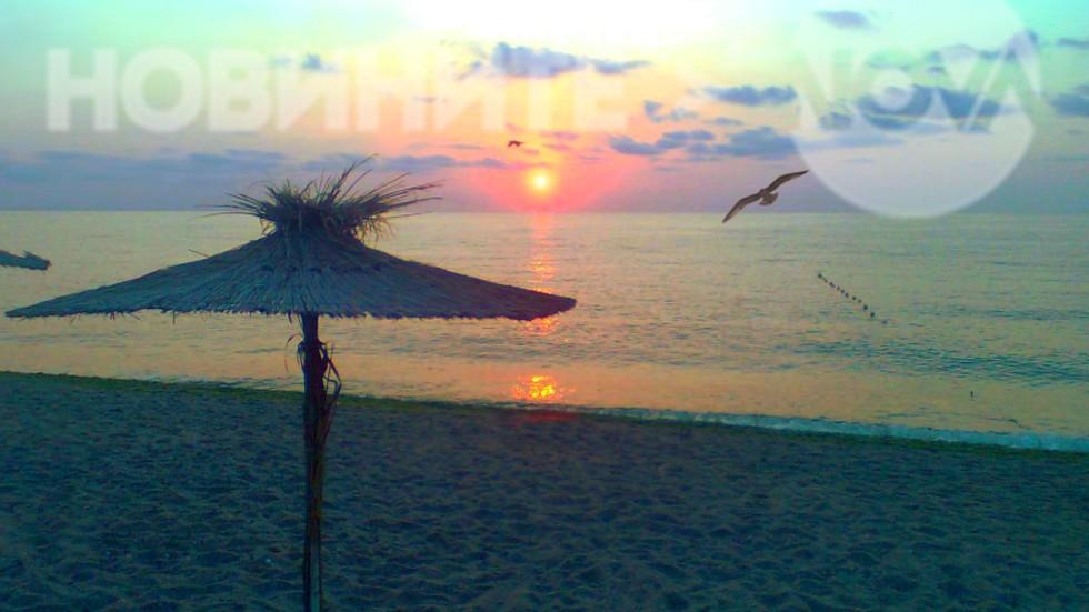 Утро край брега на морето