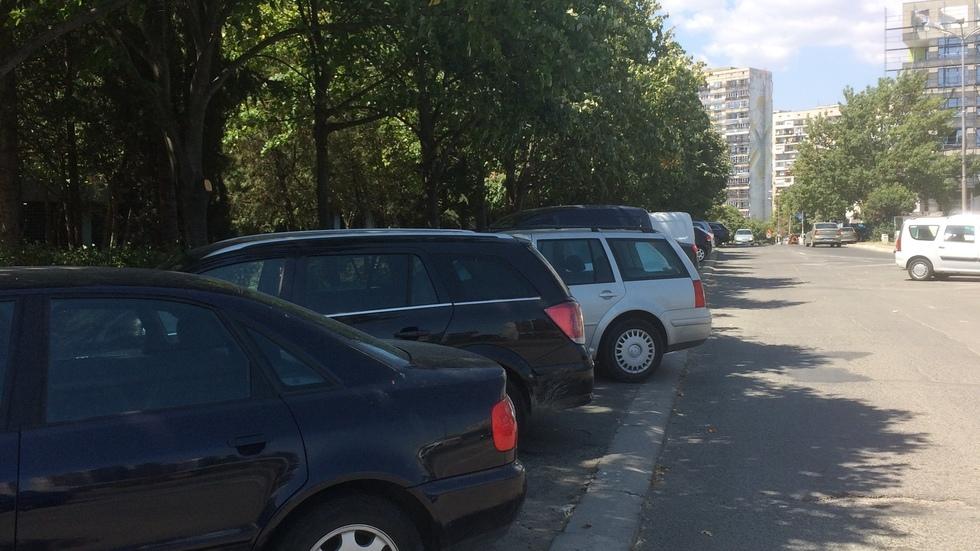 Тротоар или паркинг?