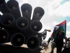 Либийски бунтовници под тежък обстрел от страна на Кадафи