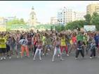 Gangnam Style манията е жива