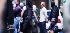Абитуриент стресна съучениците си с фалшив автомат, полицията го арестува