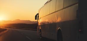 ПРОТЕСТ НА ПРЕВОЗВАЧИТЕ: Хиляди автобуси спряха да се движат
