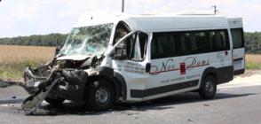 Петима ранени при тежка катастрофа на пътя Добрич-Варна (ВИДЕО+СНИМКИ)