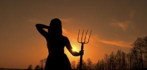 Сексапилни баварки позират за аграрните герои на 21 в. (ВИДЕО)