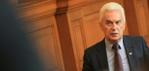 Сидеров: Държавният глава търси под вола теле