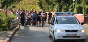 ПРОТЕСТИТЕ В СВОГЕ: Хората продължават да настояват за безопасен път (ВИДЕО+СНИМКИ)