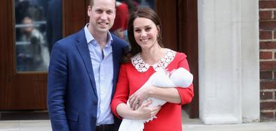Като принцеса Даяна: Кейт избра червена рокля за изписването на бебето (СНИМКИ)