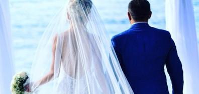 Антония Петрова публикува снимки от сватбата си (СНИМКИ)