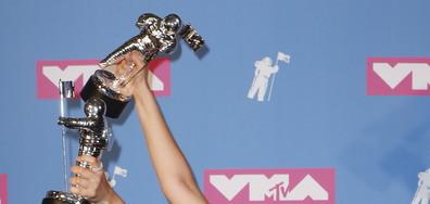 НАГРАДИТЕ НА MTV: И победителите са... (ВИДЕО+ГАЛЕРИЯ)