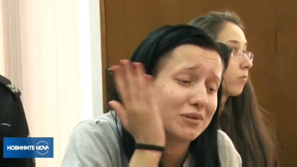 Адвокатът на момичето, помело 10 коли: Има реална възможност да бъде осъдена