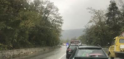 Тежък инцидент на пътя към София