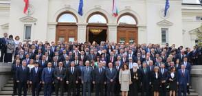 ДЕПУТАТИТЕ ЗАПОЧВАТ РАБОТА: Първото работно заседание на парламента