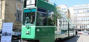 Четири швейцарски трамвая вече са в движение в София (СНИМКИ)