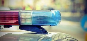 Непълнолетни откраднаха кола и се забиха в патрулка