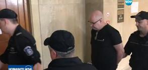 Полицейски патрул ще следи шведа, изритал камериерка