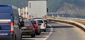 142 случая на шофиране в аварийната лента за шест месеца