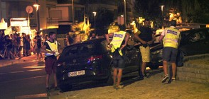 ВТОРИ АТЕНТАТ КРАЙ БАРСЕЛОНА: Кола се вряза в тълпа, има тежко ранени (ВИДЕО+СНИМКИ)