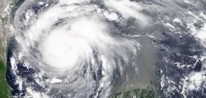 """В САЩ се готвят за разрушителния ураган """"Харви"""" (ВИДЕО)"""