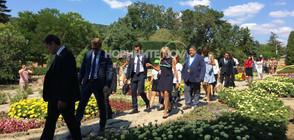 Ръст на туристите след посещението на Брижит Макрон в Балчик (СНИМКИ)