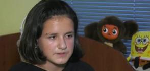 Шестокласничка дари косата си на жена, болна от рак (ВИДЕО)