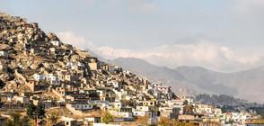 Атентат срещу джамия в Афганистан взе 10 жертви