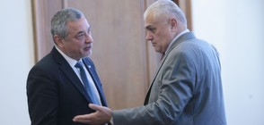 БСП поиска оставките на Валентин Радев и Валери Симеонов