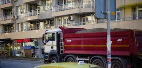 Камион уби момиче на пешеходна пътека в Благоевград (ВИДЕО+СНИМКИ)