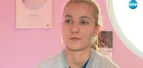 18-годишна баскетболистка издаде книга с благотворителна цел (ВИДЕО)