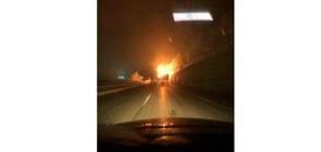 """Тир се запали на магистрала """"Хемус"""" (СНИМКА)"""