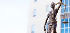 Повдигат обвинения на арестуваните в Медицинския университет