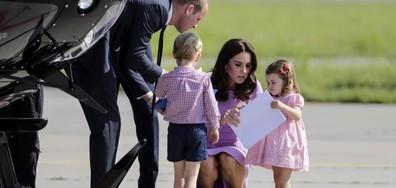 Принцеса Шарлот показа, че и кралските особи могат да се сърдят (ВИДЕО+СНИМКИ)