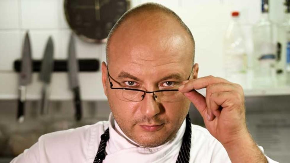 """Шеф Манчев в сблъсък с бивш състезател по борба в """"Кошмари в кухнята"""""""