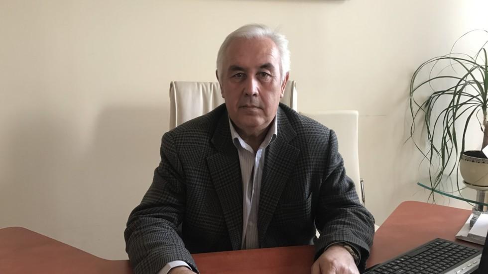 На снимката: Новият председател на Академията - проф. Иван Пачев