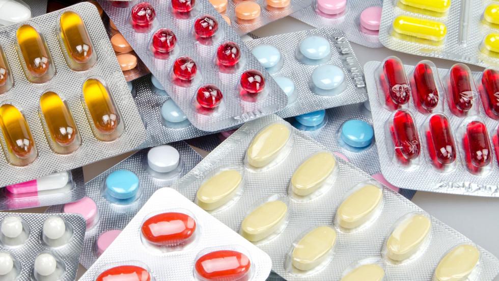 Премиерът: Няма да има болни, които да останат без лекарства
